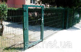 Сетка сварная оцинкованная с полимерным покрытием Рубеж 0,82. Сетчатый забор.