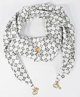 Платок-косынка треугольный атласный белый Gucci 7772