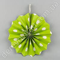 Подвесной веер, салатовый в горох, 30 см - бумажный декор-розетка