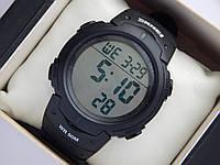 Мужские (женские) спортивные наручные часы Skmei черного цвета с белыми вставками, фото 1
