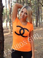 Стильная футболка с брендовой накаткой Chanel