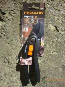 Контактный секатор Fiskars Single Step (111250)1000564