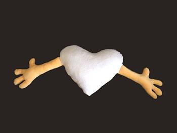 Подушка плюшевая сердце обнимашка для сублимации цвет персиковый