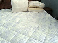 Одеяло стеганное бамуковое 170*205