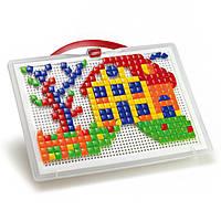 Quercetti Мозаика квадр и треуг фишки 300 шт + доска 28х20 переносной