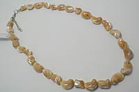 Ожерелье с перламутра карамельного