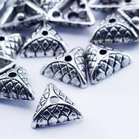 Шапочки для Бусин Металлические, Треугольные, Цвет: Античное Серебро, Размер: 10х4мм, Отверстие 1мм, (М0000000036)