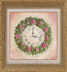 """Набор-часы для вышивания шелковыми лентами """"Розовый венок"""" (розовый фон)"""