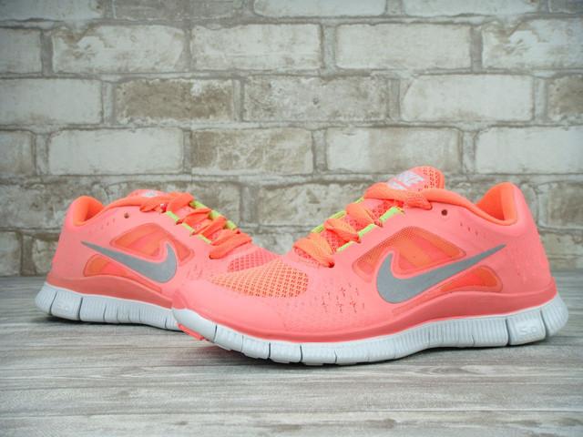 Женские кроссовки Nike Free Run фото