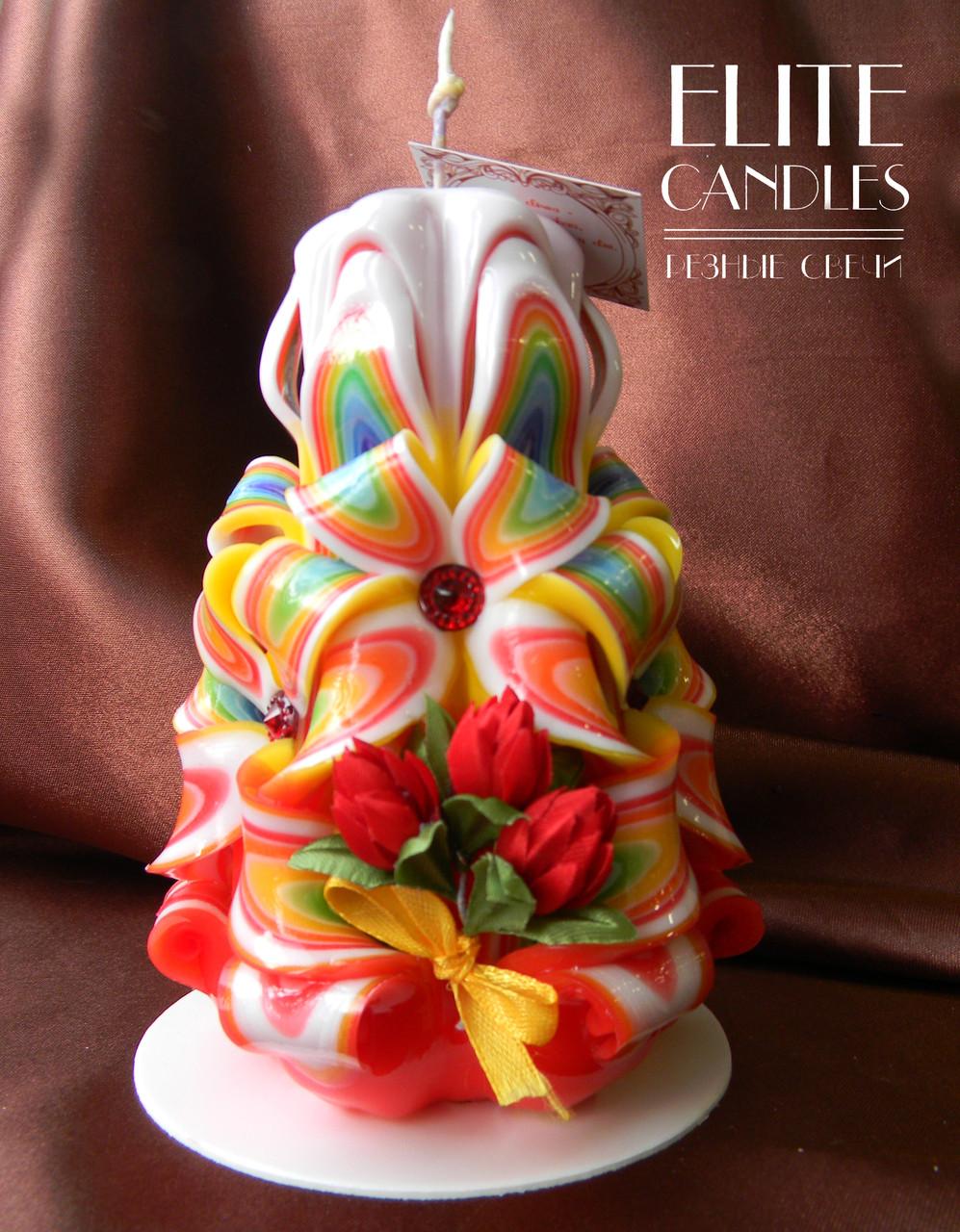 Свеча с украшением из цветов. Подходит для подарочка любимым на любой праздники