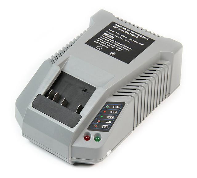 Зарядное устройство для шуруповертов и электроинструментов