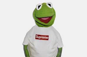 <Supreme>