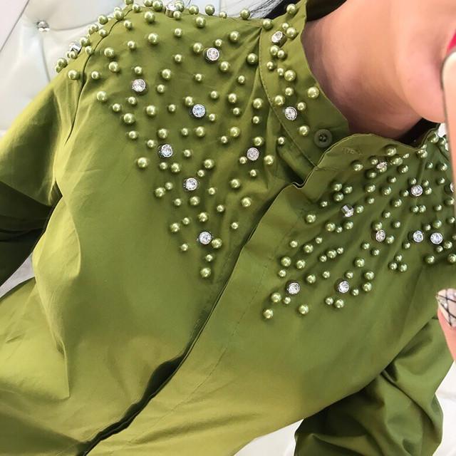 Красивая женская рубашка