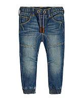 Стильные джинсы на мальчика Mothercare, размер 4, 5, 6 лет