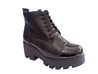 Женские демисезонные стильные черные ботинки на тракторной подошве, эко-кожа 36 In-Trend