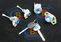 1018003964 Комплект ключей и личинок(Набор замков с ключями) MK Geely жили МК (Оригинал), фото 1