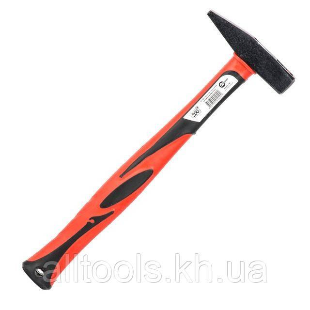 Молоток 200г ручка из фибергласса INTERTOOL HT-0202