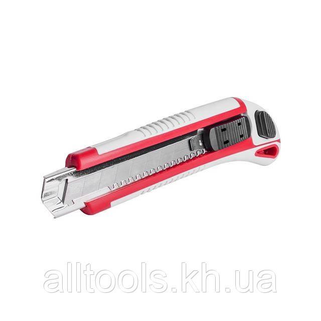Нож с тремя отломными лезвиями INTERTOOL HT-0508