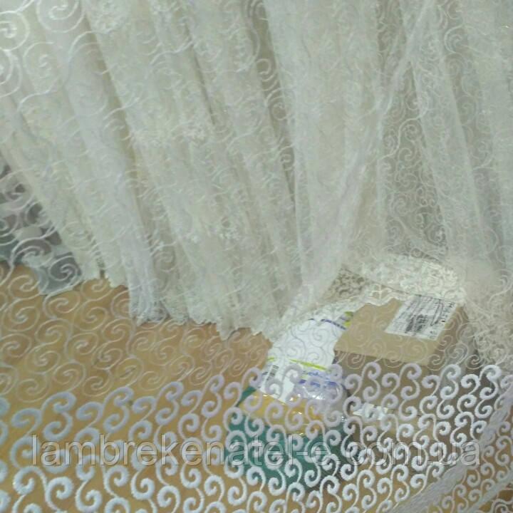 Фатин с вышивкой везель завиток