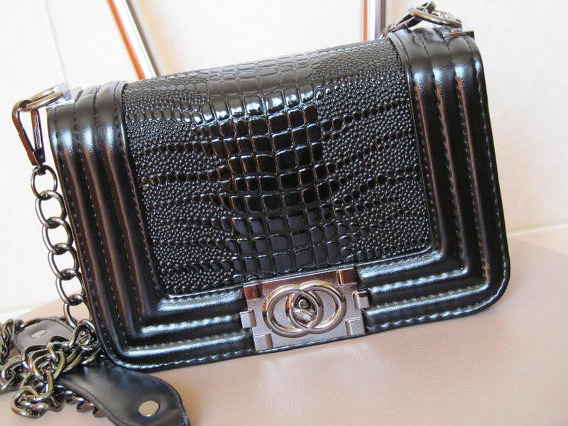 Сумка Louis Vuitton Capucines Mm