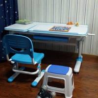 Нужны ли малышу детский стол и стул