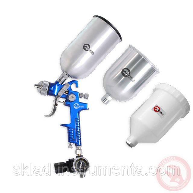 HVLP BLUE PROF KIT Краскораспылитель 1,7 мм, с регулятором давления, тремя бачками (2-метал 800 / 600)