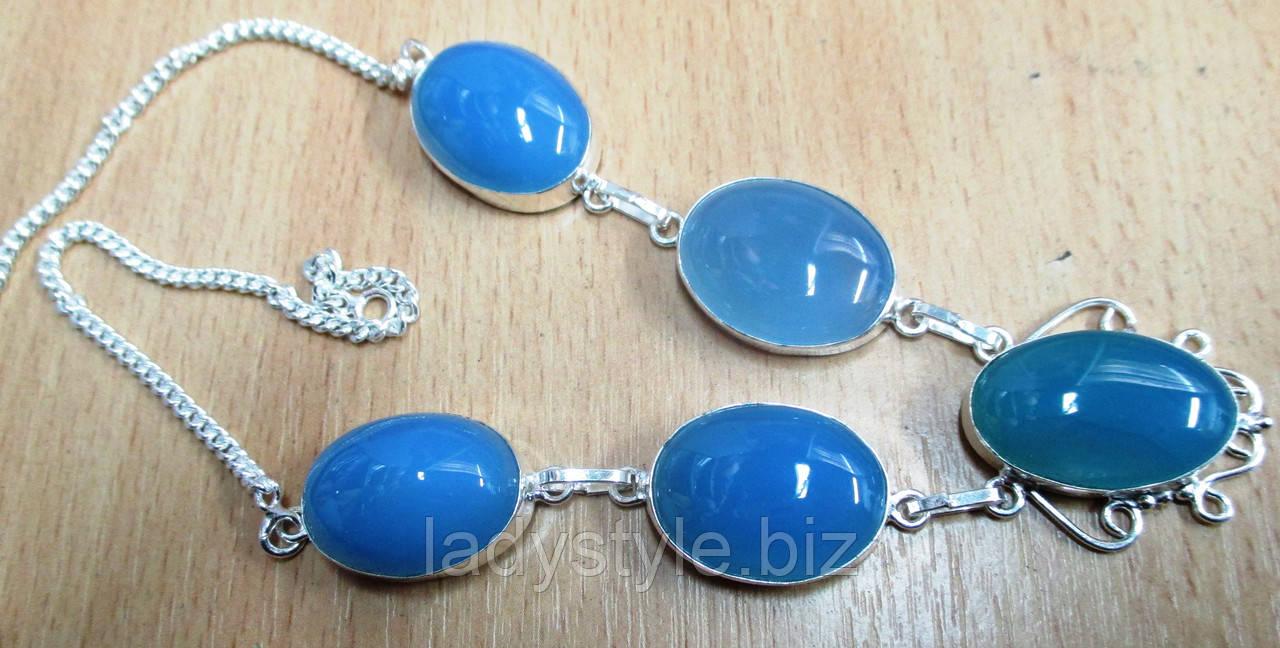 Серебряное серебряное колье с голубым халцедоном