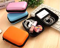 Чехлы, сумки и футляры для гаджетов, кабелей, наушников, карт памяти, сим- и банковских карт.