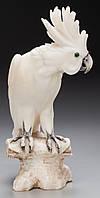 Скульптура  попугая