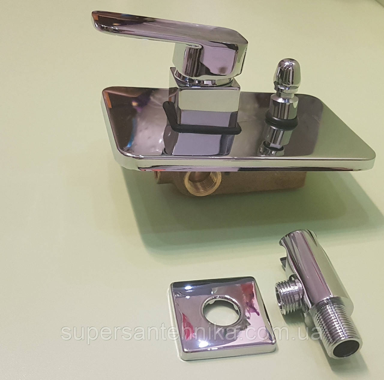 Встроенный смеситель для ванны на 2 выхода Hansberg