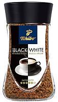 Кофе растворимый Tchibo Black and White 200г