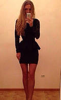 Платье-баска стильное молодежное с гипюровым верхом