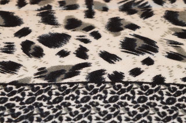 Серый леопардовый кашемировый платок 3