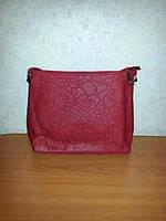 Красная женская сумка из кож-зама. Размер: 33*25