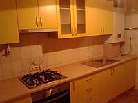 Кухня с крашенными матовыми фасадами мдф