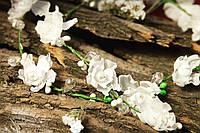 Лиана с шелковыми цветами - украшение в прическу.