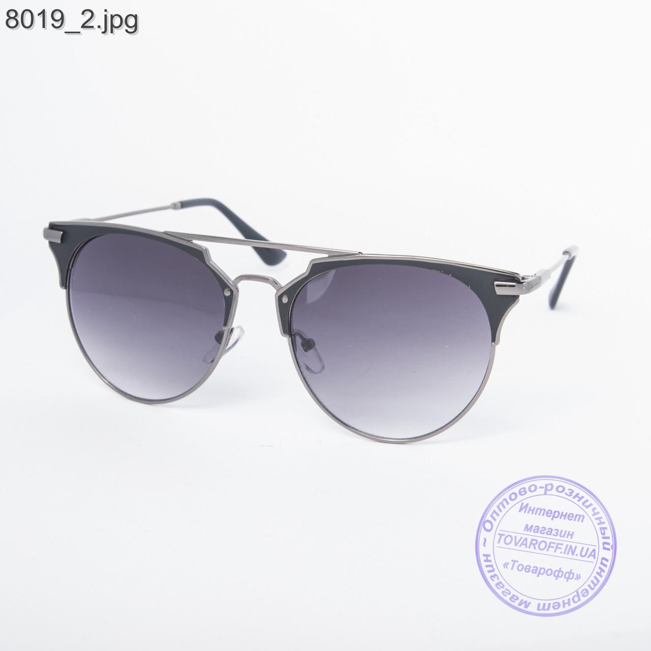Солнцезащитные очки унисекс 8019