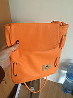 Женская сумка-рюкзак на плечо оранжевая