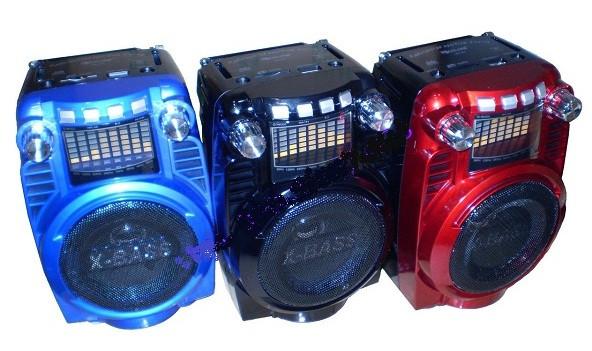 Радио Golon RX-X5. FM-радиоприемник Golon, вход Aux/караоке, USB-разъем.