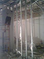 Снос (демонтаж) вручную старых построек, сараев, гаражей, ветхих домов, заборов