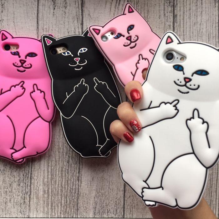 Чехол кот с факами  на iphone 8 силиконовый