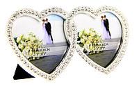 Фоторамка для свадебного фото в виде сердечек с камнями