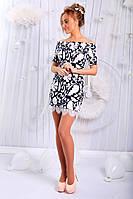 Платье женское Ткань - французский трикотаж. Отделка - белый гипюр. Рост модели 1,74.  3 цвета апро №155-06