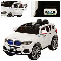 Детский электромобиль BMW X5 new с планшетом и кож. сиденьем M 2762 EBR-1 (MP4) белый