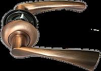 Ручка на круглой розетке Mongoose H-823 MAC