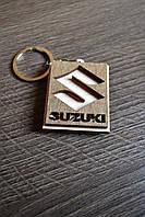 Брелок с логотипом авто Suzuki