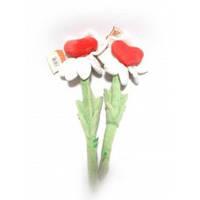 Квітка з сердечком