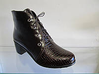 Ботинки женские кожаные весна, осень на каблуке