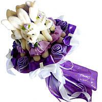 Букет из мягких игрушек Зайки фиолетовый