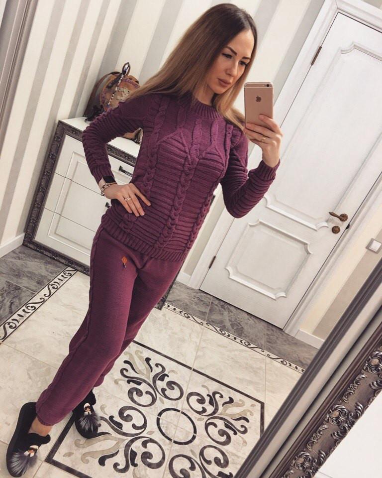Спортивный костюм женский с крупным узором